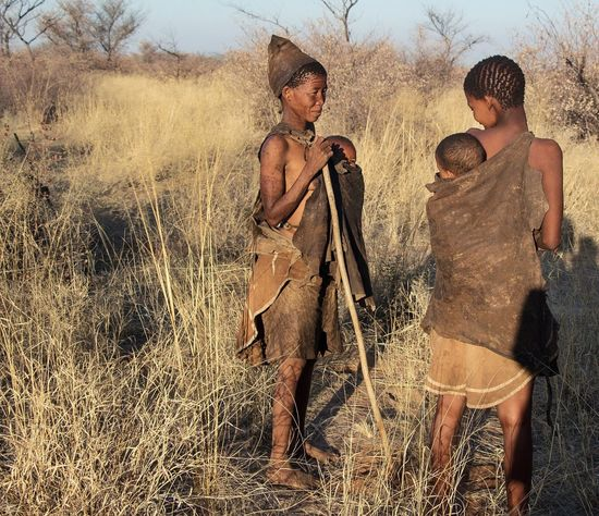 2 young bushmen women Grass Outdoors People Young Adult Nature Real People Women (null)Babies Byby Africa Sky