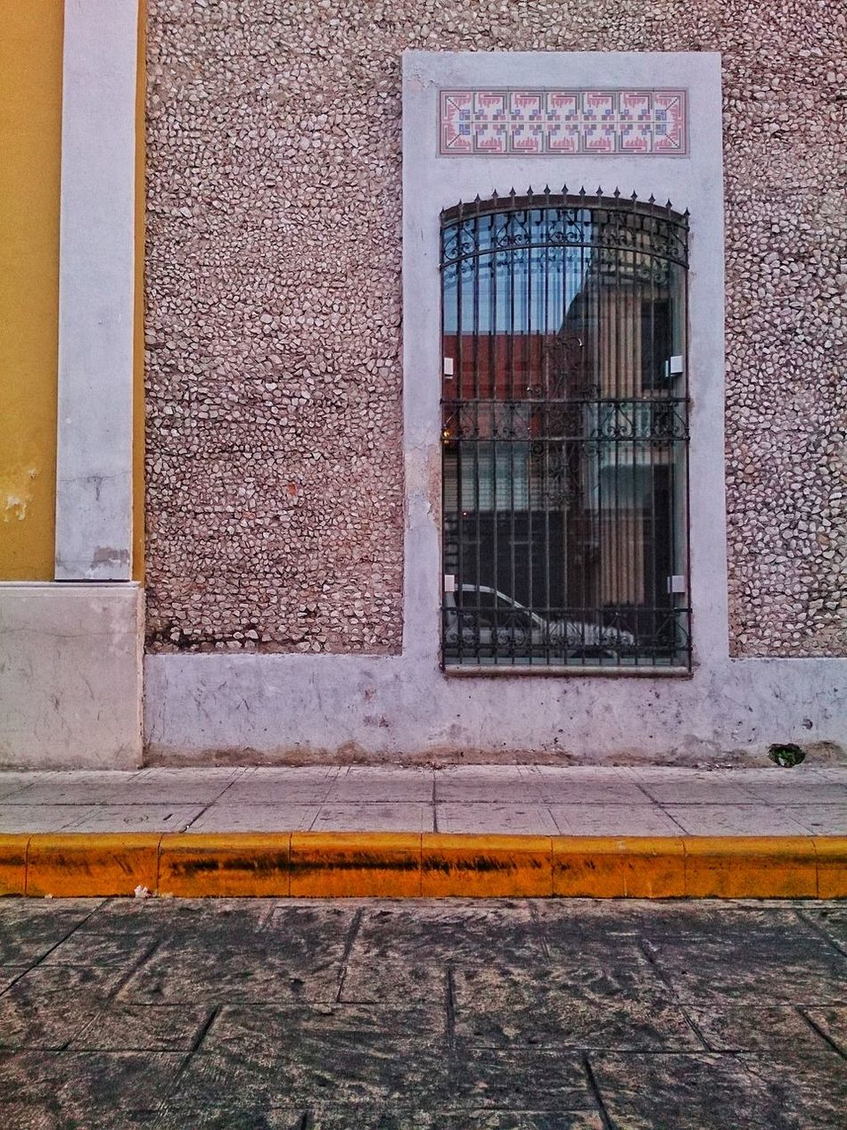 Window or mirror. Doors And Windows Around The World Doors&windows Yucatan Mexico Urban Photography Mobile Photography City Life Xperia ZL Merida♡ Street Photography Day Outdoors No People