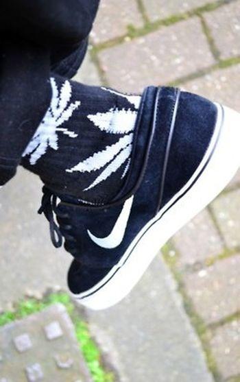Nike Weed