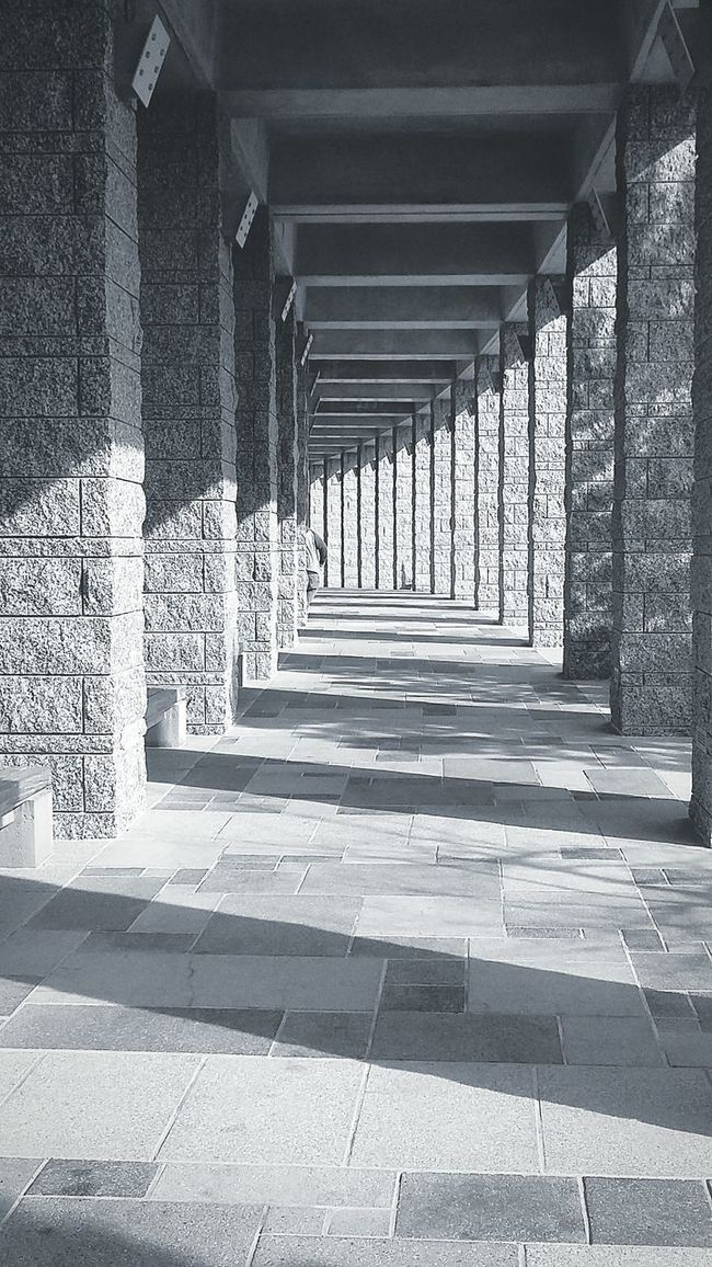 Mount Rushmore national parks outdoors architecture outside black and white