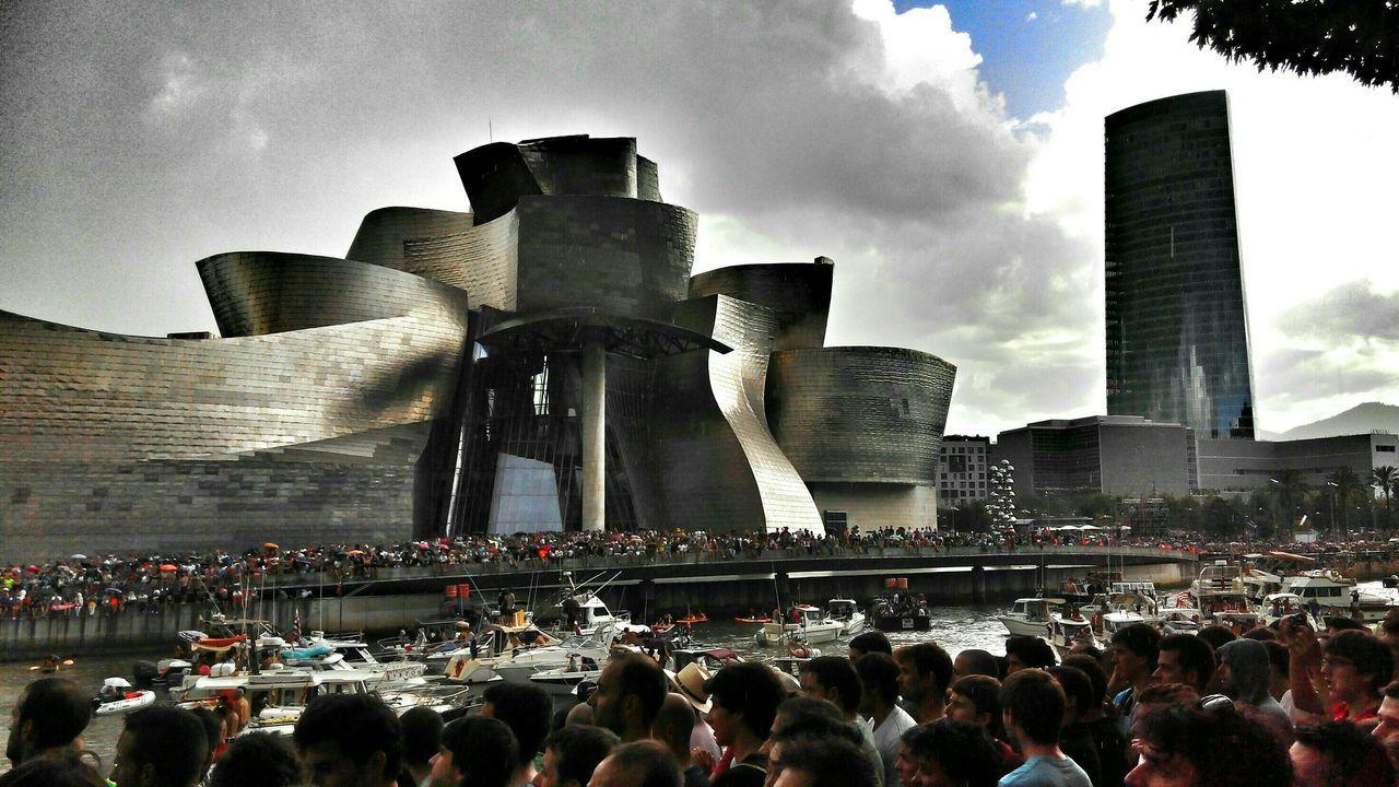 Bilbao Gugggenheim Bilbao Guggenheim Redbullcliffdiving