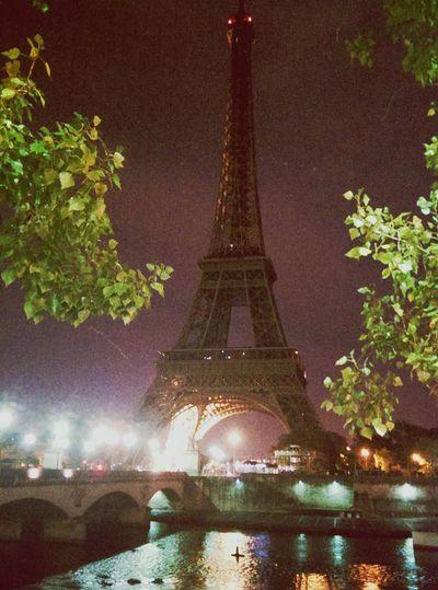 Paris 🎥 Paris Eiffel Tower Night Favorite Places Special_shots Nostalgic