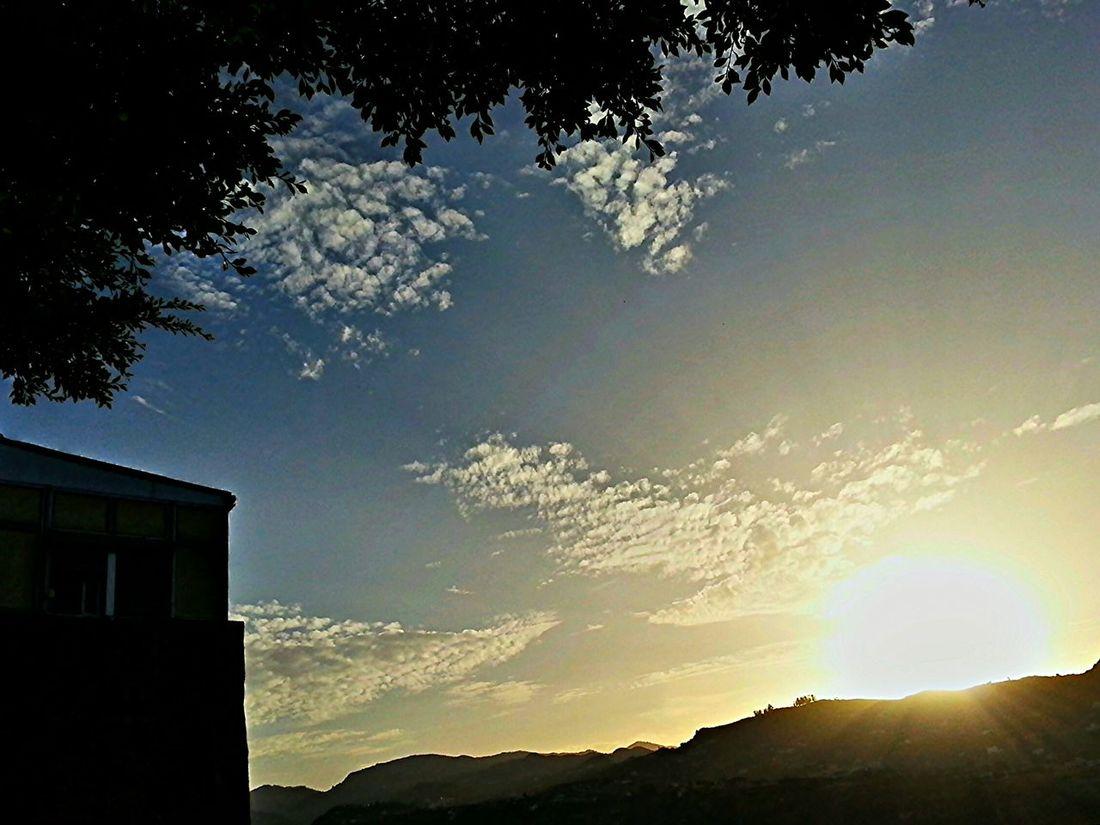 Good Evening Eyeemers!! Sunset over the ravine | Buenas Noches Eyeemer@s!! Atardece sobre el barranco... Sun_collection, Sky_collection, Cloudporn, Skyporn Landscape_Collection ...Rincones De Las Palmas ModernA... We Are Photography, We Are EyeEm