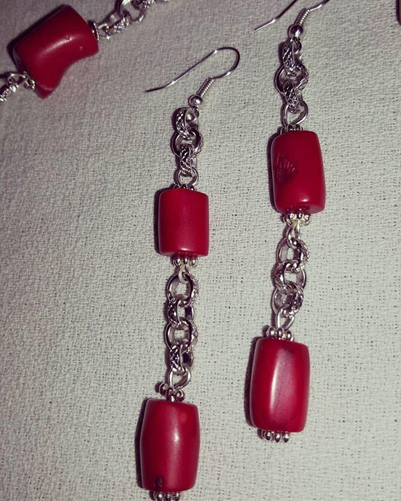 Summer jewelry Summerjewelry Jewelryhomemade Earringshomemade Coralbamboo Coral Corallo Corallobambù Bigiotteriaartigianale Bigiotteria Hobby Orecchinifattiamano