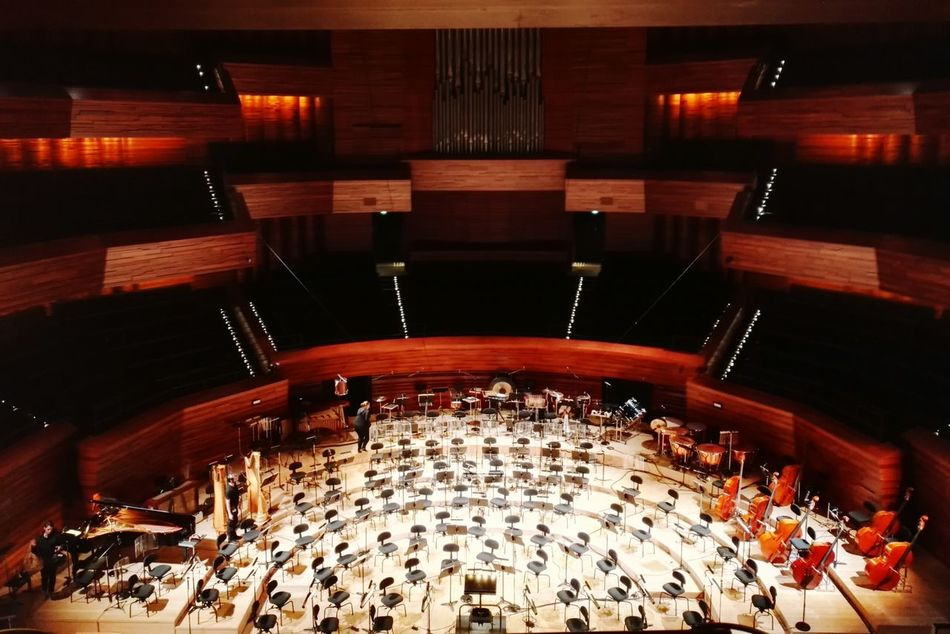 Auditorium Radio France Architecture Illuminated Indoors Concert Hall MusicInstruments Lights Modern Architecture Arts Culture And Entertainment Concert Repetition Paris, France  Honor7