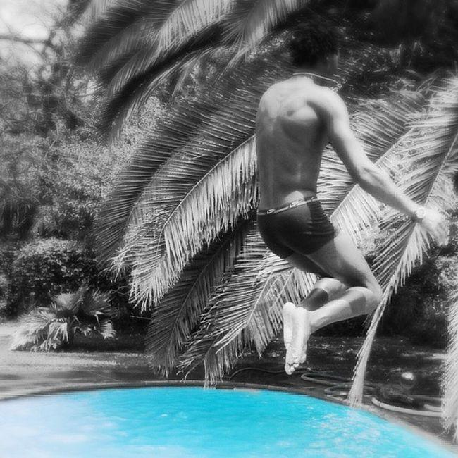 Swimming Scottyzepplin Jump Air cannonball