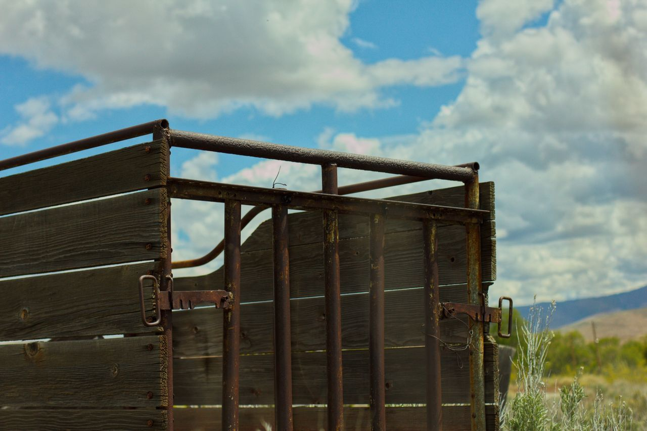 Sky Cloud - Sky No People Day Outdoors Wood - Material Nature Beauty In Nature Close-up Industry🏗 By Tisa Clark WesternScapes🌵 By Tisa Clark Skyscapes☁️🌥🌦🌨🌩 By T.Clark