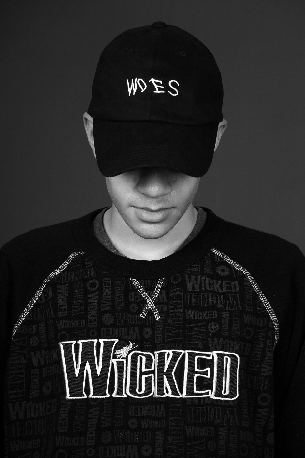 Woes Looking At Camera Mature Adult Portrait One Person People Adults Only One Man Only Young Adult Adult Drake  Music Rap Bryson Tiller NYC Studio
