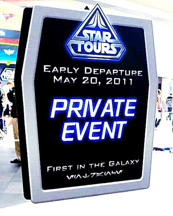 Earlydeparture Wontickets Specialevents Disneyland Startours Grandreopening Funtimes Awesomeride Disneylover Starwarslover Nerdgirl GreatMemories ❤