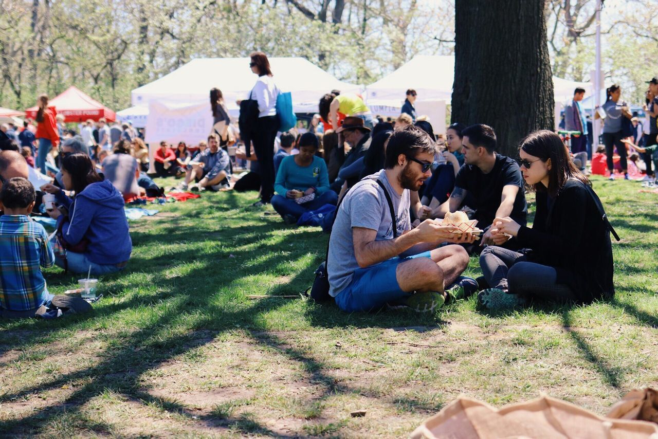 It's called Smorgasburg and features so many food vendors that you don't even start counting. Enjoying Life In The Park Street Food Market Picknick Gathering Public Places Eating Food And Drink Food On The Go Hanging Out People And Nature New York City