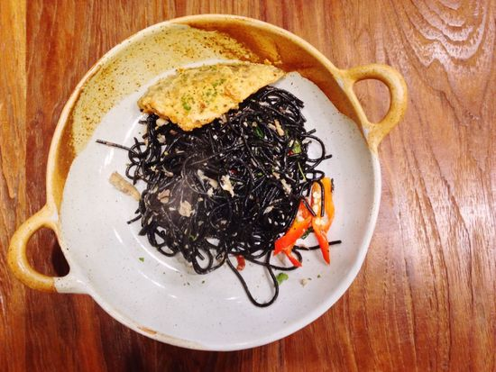 Black spagetti Spagetti Black Noodle Chacoal Spagetti Top View Hot Plate Red Pepper Greenmade