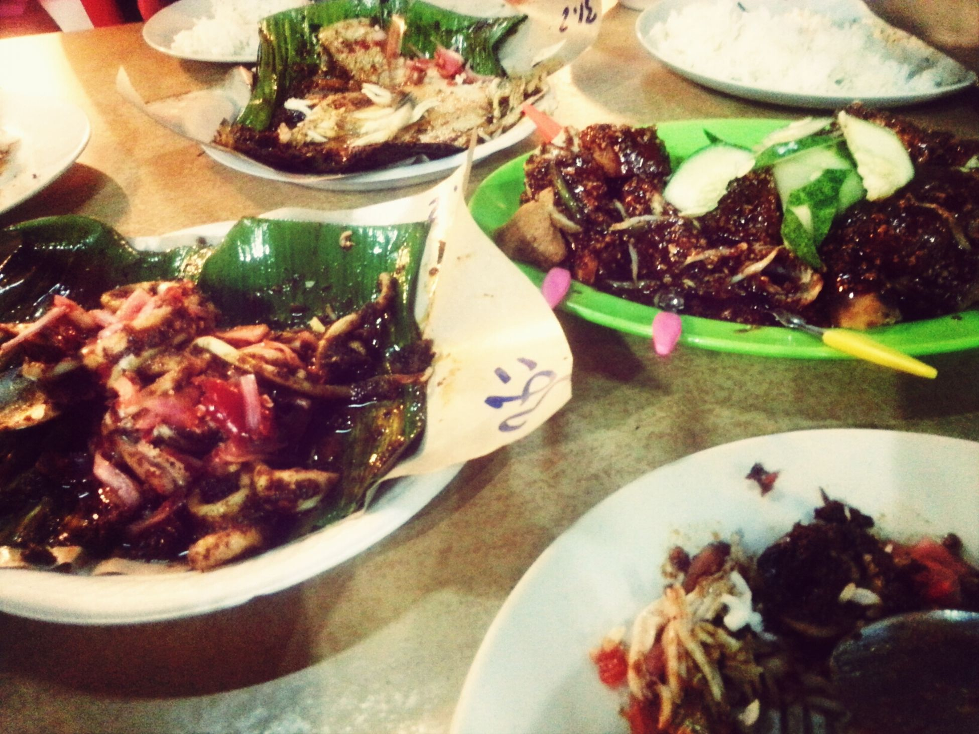 One of the best places to try seafood! yummeh! Dinner Malaysianfood Eating Enjoying Life