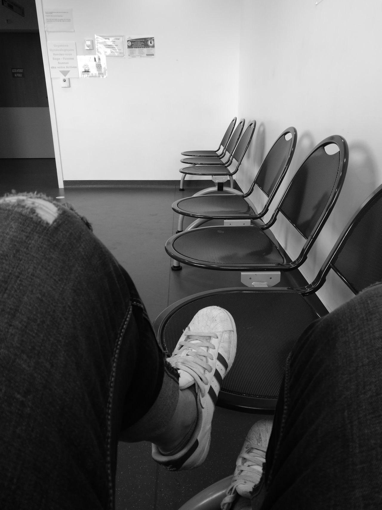 Hospital Waiting Tristesse Salle D'attente Perdu