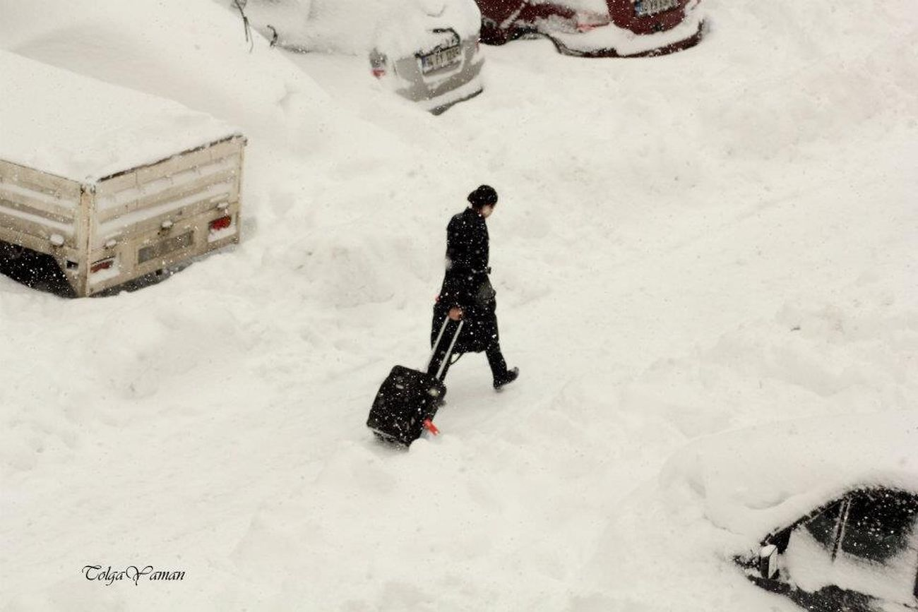 Kar yolları kapatsada... Snow Yol Yolcu Kiş