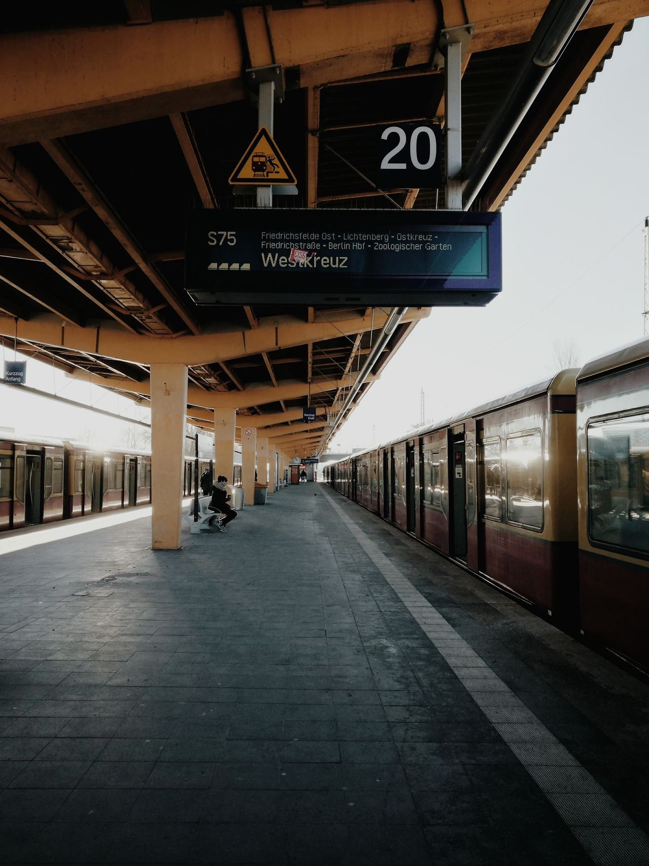 Transportation Rail Transportation Travel Railroad Station Platform Railroad Station Travel Destinations Marzahn Streetphotography Huaweiphotography Urban Lifestyle Huawei P9 Leica Cold Temperature Women Real People Streetphoto_color Streetscene Waiting S-bahn S-Bahn Berlin The City Light