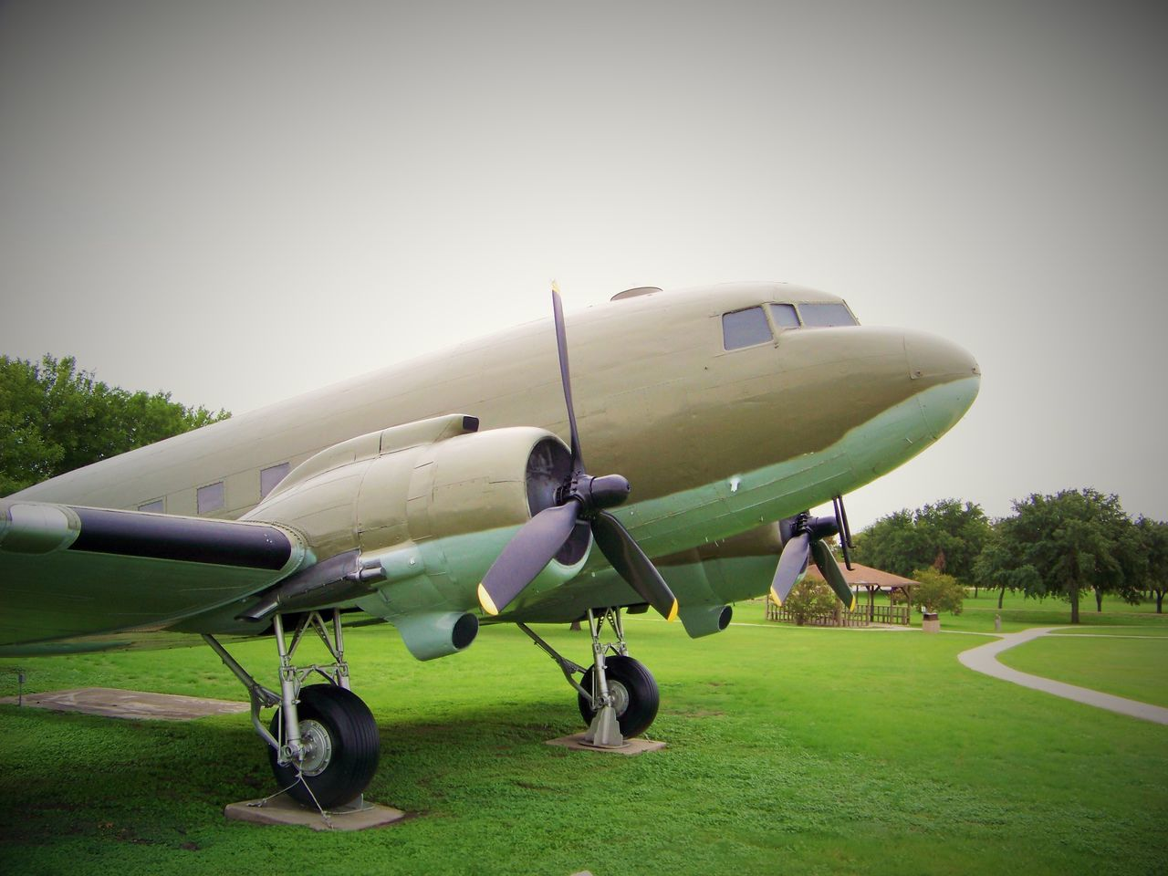 Airplane Aviation Day DC-3 Grass Historycal Aircraft No People Outdoors Plane Propeller Plane