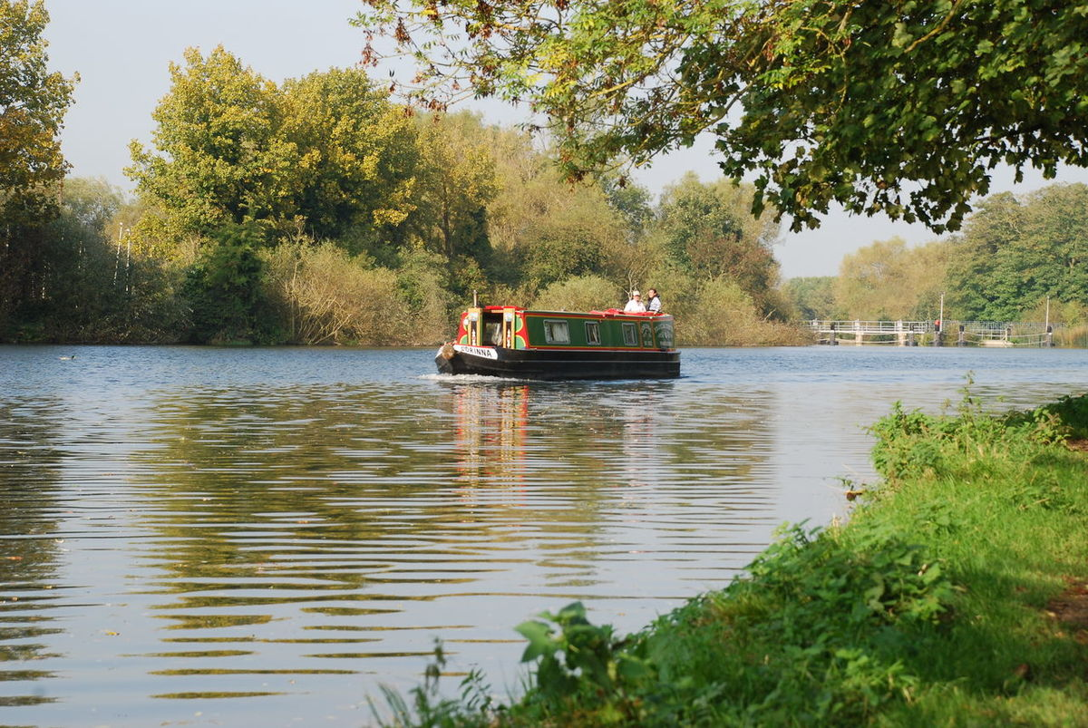 BargeOnTheRiver Sonning-on-Thames Barge Boat House Beauty In Nature Day Growth Men Mode Of Transport Nature Nautical Vessel Outdoors People Rafting Real People River Riverbank Scenics Sitting Sky Togetherness Tranquility Transportation Tree Water Waterfront Women