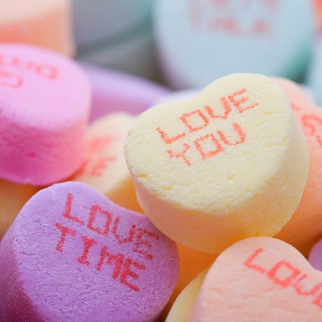 Antara cinta terhadap pekerjaan dan cinta terhadap kekasih. Lovetime Loveyou Bingung Haruspilihyangmana