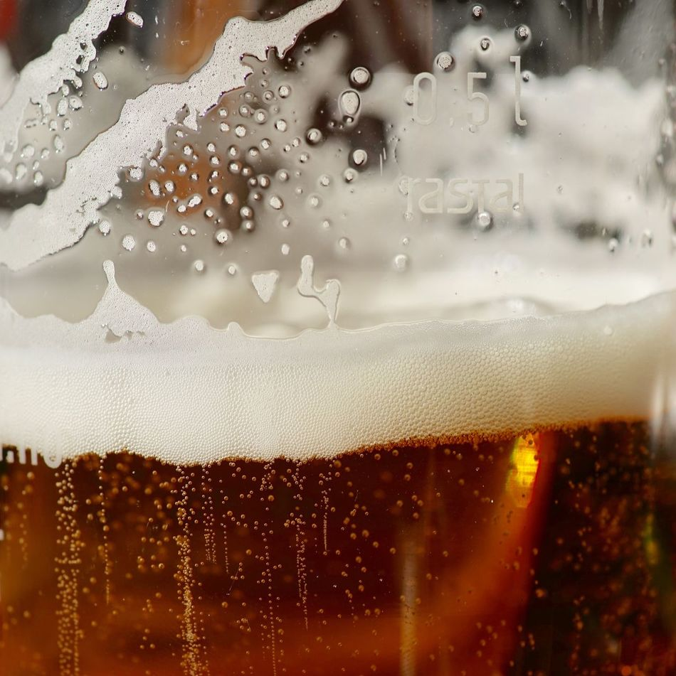 Its that time of the week Drink Refreshment Food And Drink Beer Glass Condensation Drop Beer - Alcohol Freshness Drinking Glass Alcohol Frothy Drink Close-up Cold Temperature