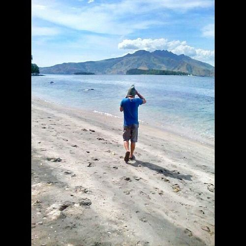 Walking on the sunshine Beach Sand Latepost Subic