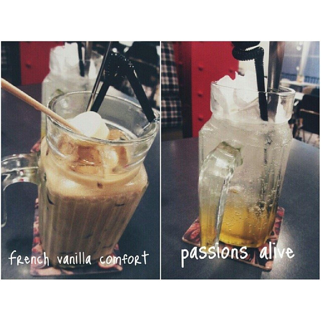 Havealittlebrotherworksthereandthebilldiscounts20 Kelzyuadatewithfood Latte Nydc again