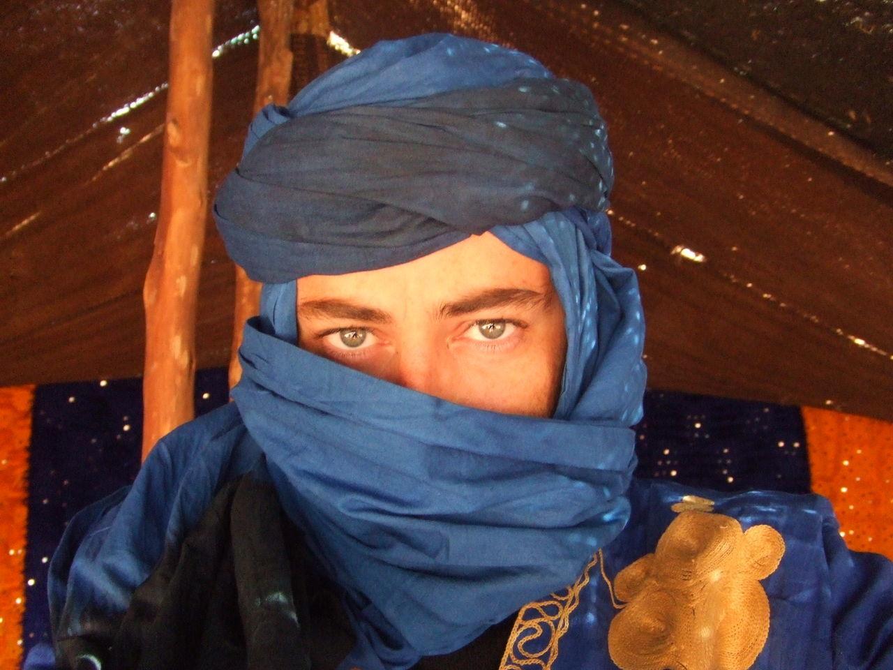 Me Caravan desert Touareg touareg blue Eyes Man Touareg In The Desert Touareg People Touareg Blue Eyesight People Portrait Desert Blue