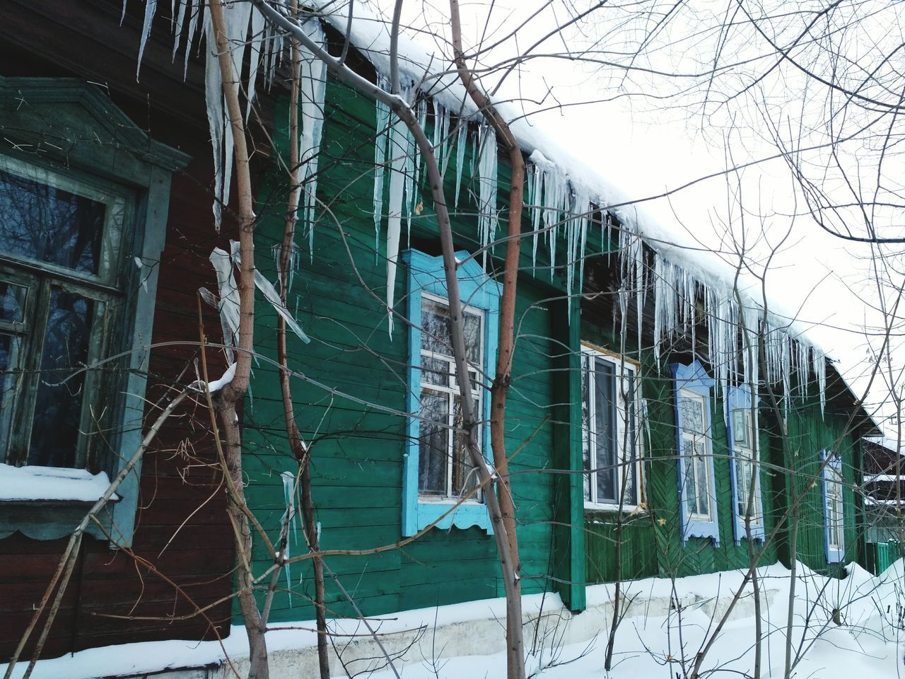 No People Cold Temperature Built Structure Nature Architecture Outdoors Snow Winter Day Icicles Icicle Provincetown  Province Village Woodenhouse Wintertime Snow Covered Wood Winter Ufa Ufa Russia Уфа зима сосульки снег Neighborhood Map