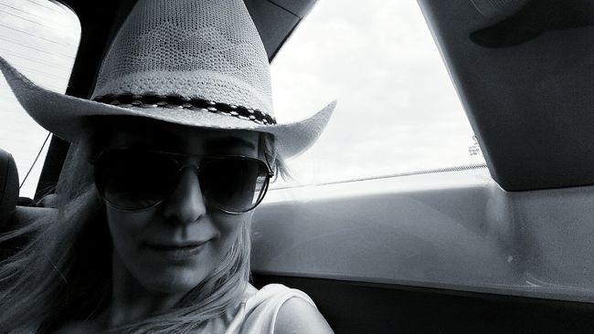 Portraıt teksas Hanging Out Relaxing Hi! Enjoying Life First Eyeem Photo That's Me Hello World