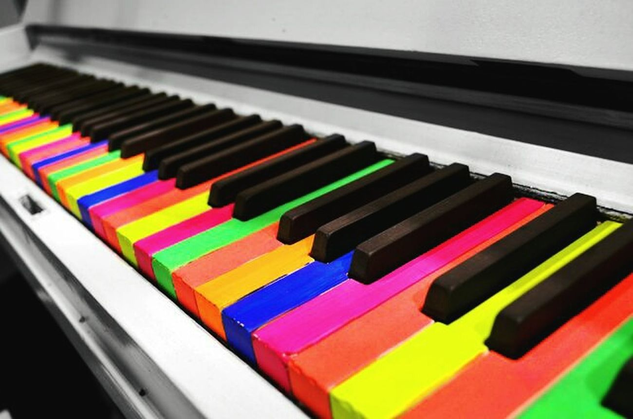 new pic Piano Moments Colorful Piano Keyboard Music Highlife First Eyeem Photo ArtWork WeekOnEyeEm Mobilephotography
