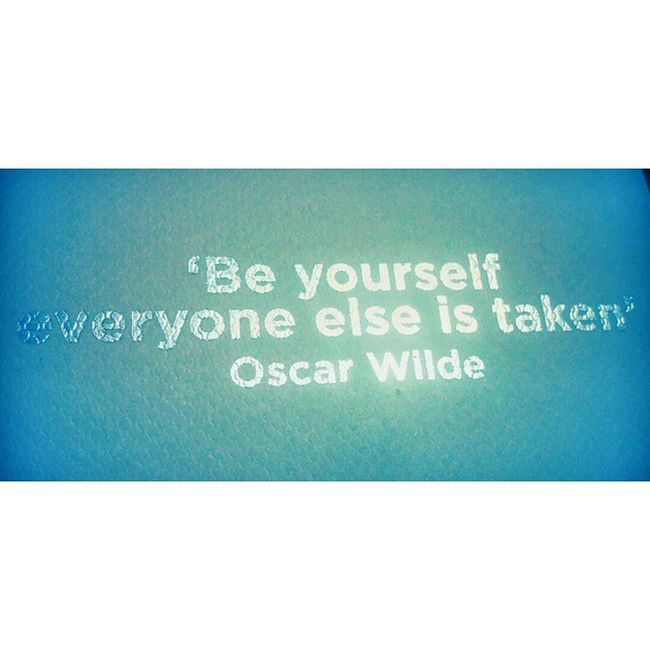 Be yourself! Quotes Oscarwilde Motivational Secretsanta Christmas Romania Ig_romania Picoftheday Inspirational