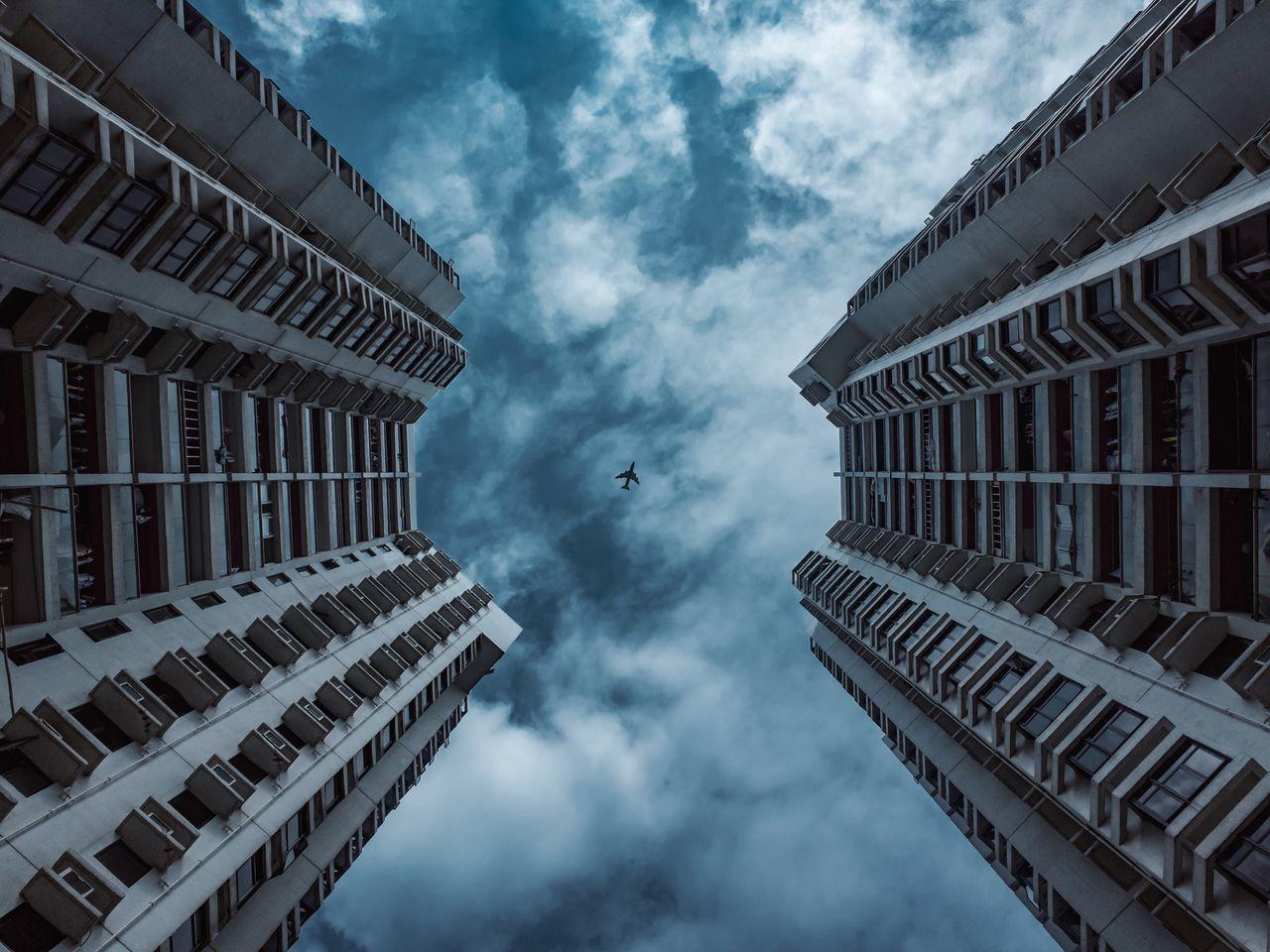 Beautiful stock photos of flugzeug, cloud - sky, sky, built structure, building exterior