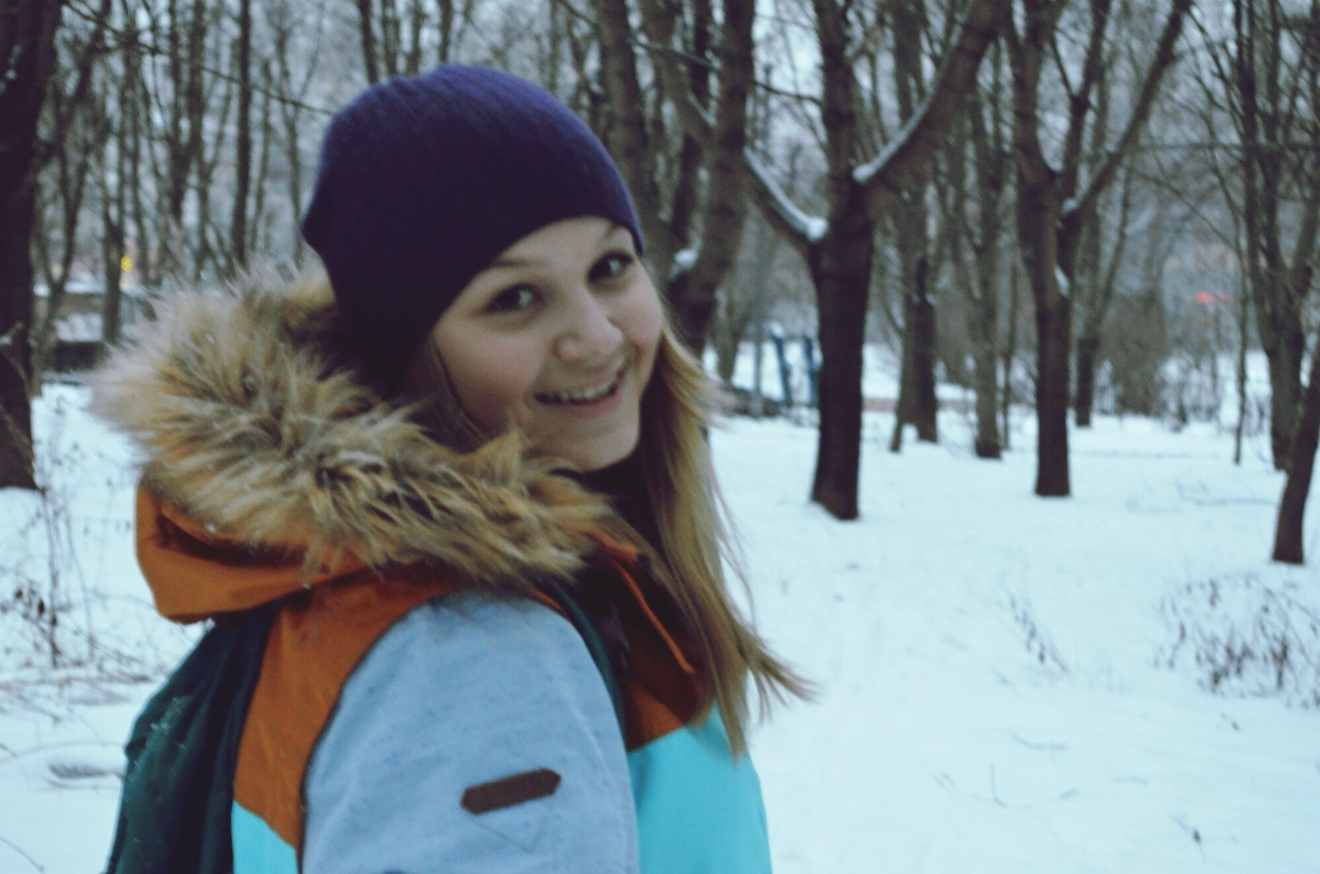 winter, snow, cold temperature, season, warm clothing, weather, tree, covering, person, lifestyles, portrait, looking at camera, front view, focus on foreground, leisure activity, young adult, young women, long hair