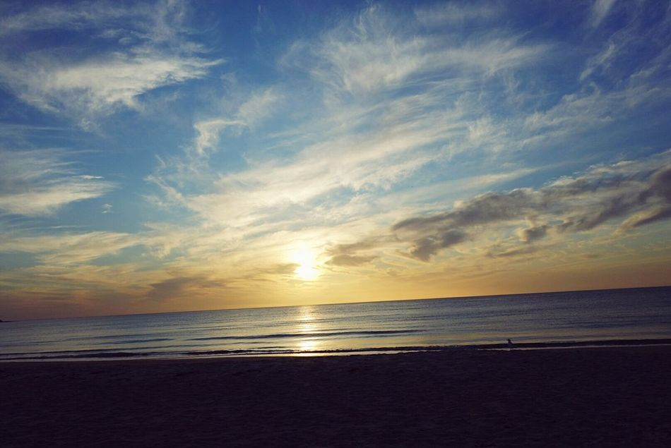 Taking Photos Beautiful Satisfying Sunset I💚NATURE Being In The Moment Beachphotography Beach Walk