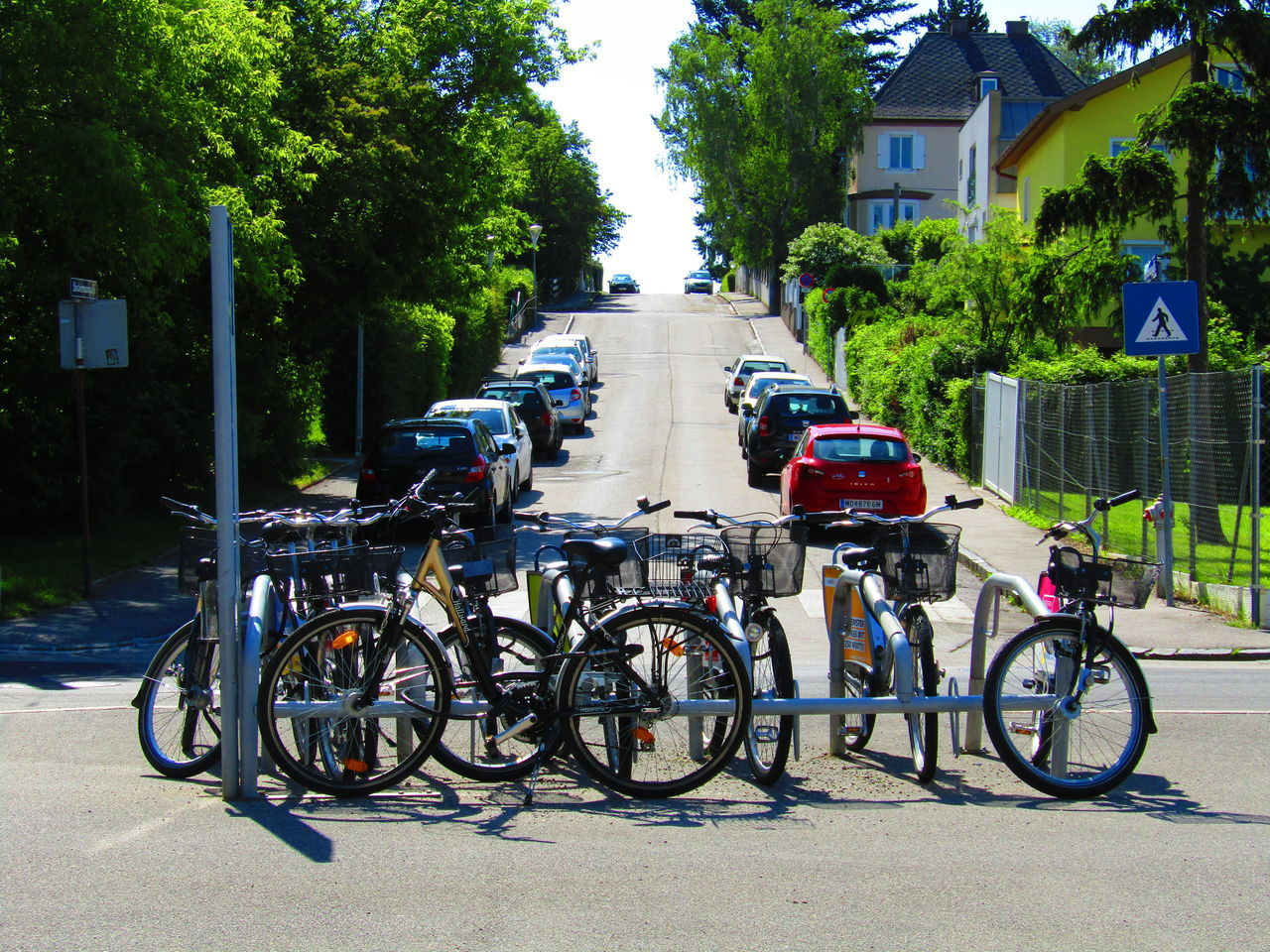 Fahrräder Fahrrad Street Hill Summer Sommer Bicycle RAD Bike Rodaun Wien Vienna Austria