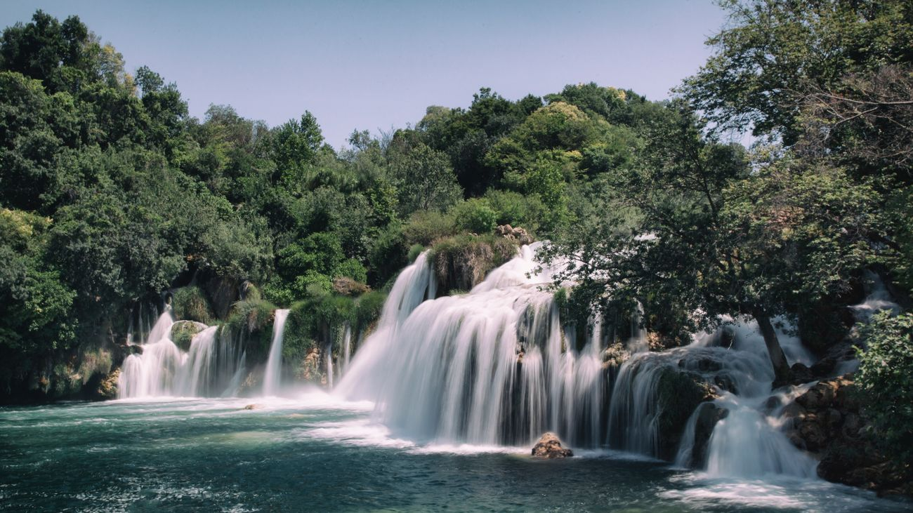 ©471 Krka💙 Waterfall Long Exposure Outdoors Beauty In Nature National Park World Heritage Waterfalls Light And Shadow Water_collection Summertime EyeEm Gallery Croatia EyeEm Selects EyeEm Sommergefühle Simple Quiet Love EyeEm Masterclass EyeEm Nature Lover EyeEmNewHere Exceptional Photographs Let's Go. Together. The Week Of Eyeem Followme Vacations Waterfall #water #landscape #nature #beautiful