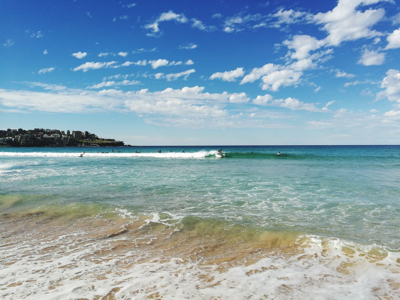 Bondi Beach, Sydney - Australia Sea Beach Horizon Over Water Sand Vacations Travel Destinations Tourism Landscape Scenics Cloud - Sky Idyllic Tranquil Scene Water Nature Tranquility Sky Summer Blue Outdoors Beauty In Nature Bondi Beach Australia Surfing Surf Wave