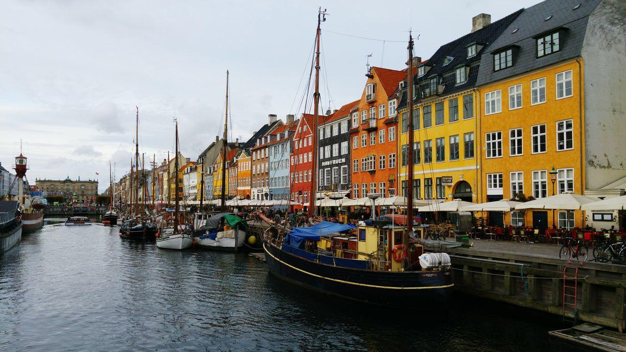Travel Destinations Coppenhagen Danmark Water Colored Houses Houses