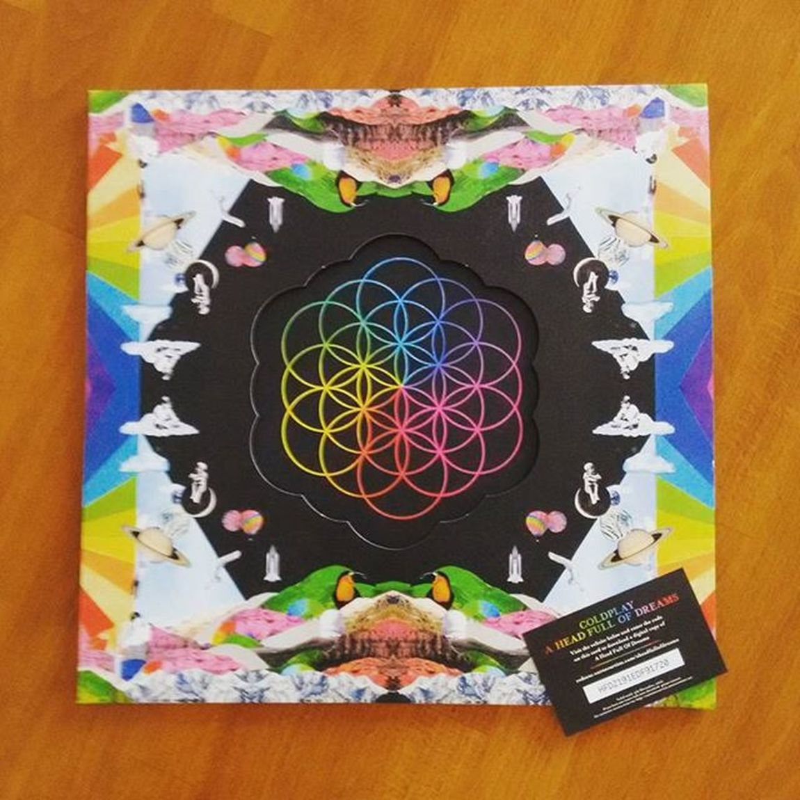 A Head Full Of Dreams double coloured vinyl? Don't mind if I do! Coldplay Record Aheadfullofdreams Chrismartin Jonnybuckland Guyberryman  Willchampion Vinyl Colouredvinyl Limitededition Fan Music Pop Rock
