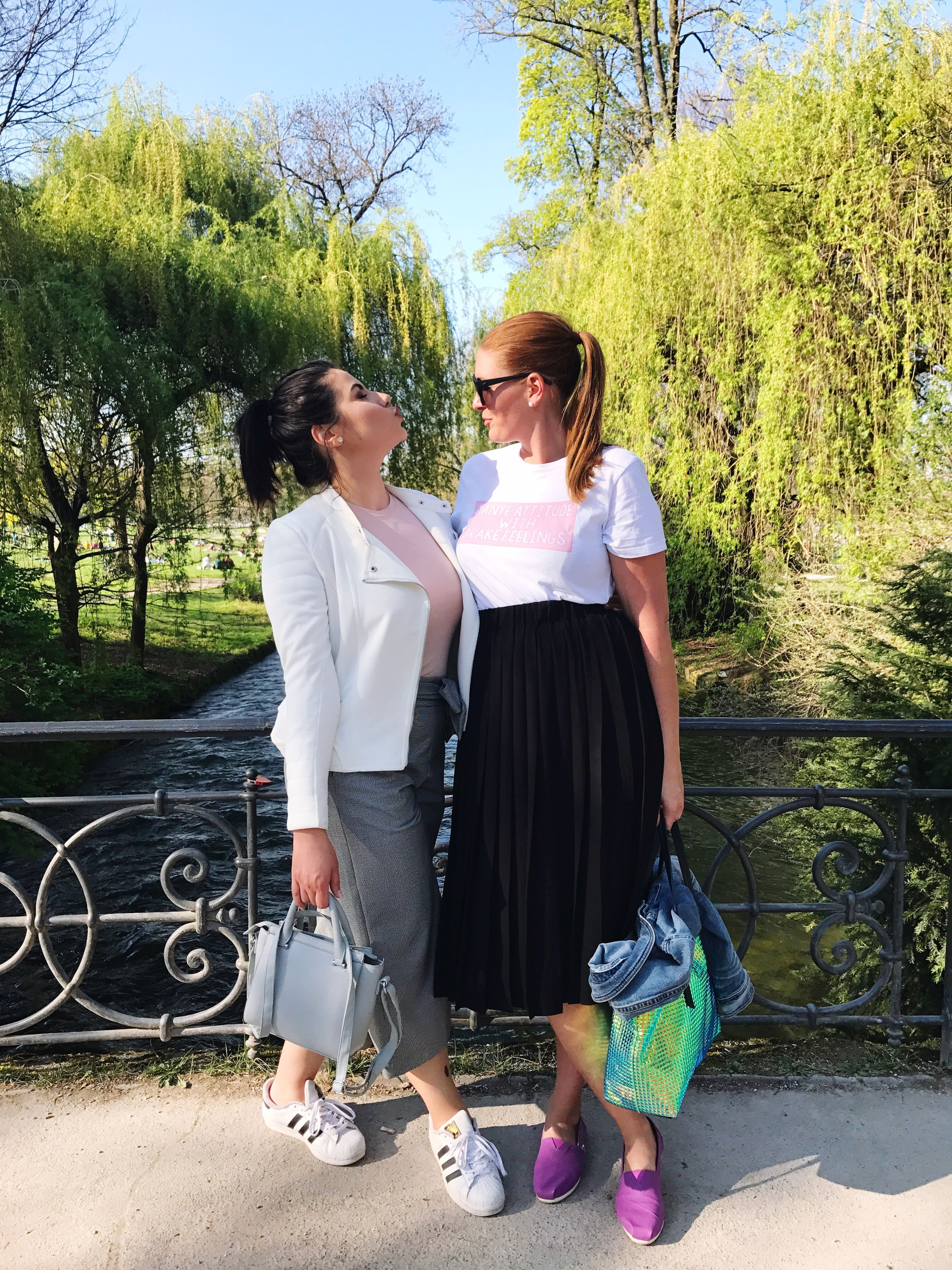 two people, adults only, tree, mid adult, togetherness, adult, full length, day, young adult, technology, people, smiling, young women, outdoors