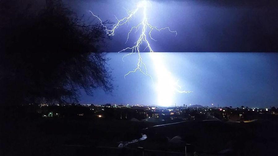Lightening storm az Rustlersrooste Phoenix, AZ Lightening Tempearizona Nightowl Storms