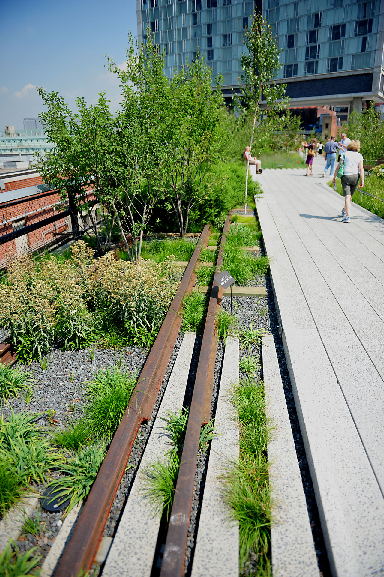 Architecture Building Exterior City High Line Park New York Outdoors Tree Urban Nature Walking