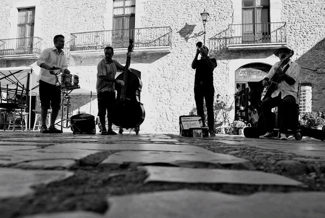 Street Musicians Music Blackandwhite Photography EyeEm Black&white! EyeEm Bnw Eye4black&white  Blackandwhite Blancoynegro Bnw_collection Bnw