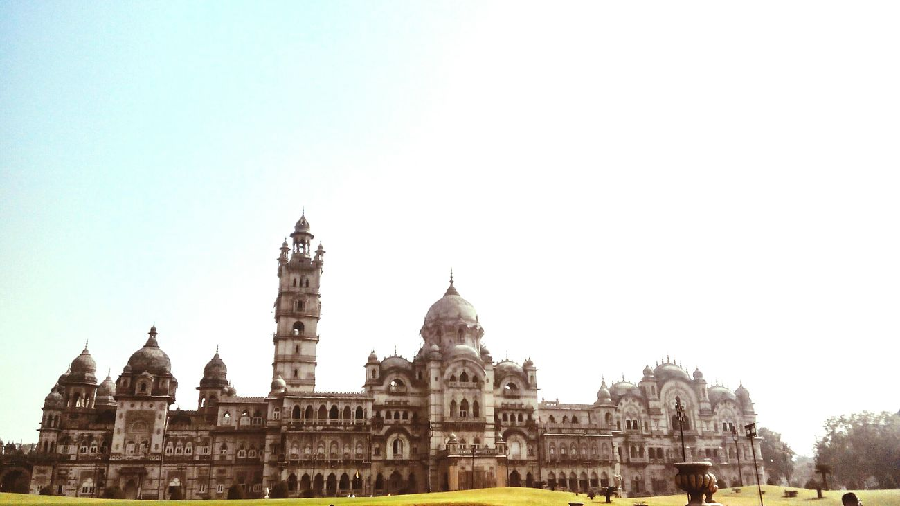 Indo-Saracenic architecture. Almost 4 times the size of Buckingham Palace, home to the king of Vadodara ! First Eyeem Photo
