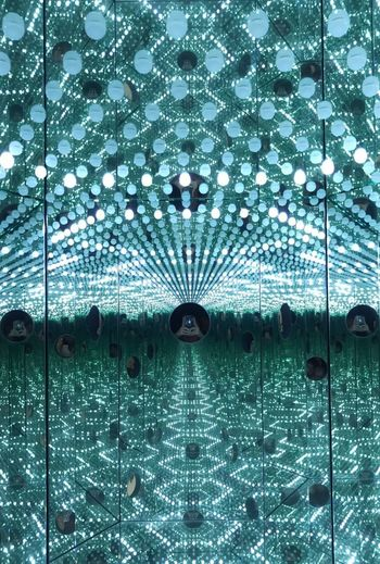 """Yayoi Kusama's mirrored box and light bulbs installation, titled """"I Want To Love On The Festival Night 2017"""" ~ Japanese Artist, Yayoi Kusama ~ Artists Art ArtWork Creativity Mirrored Light Bulbs Art Is Everywhere Museum Art Exhibition Art Festival YayoiKusama Japanese Artist Indoors  Indoor Photography Eye4photpgraphy Exhibition Hello World Check This Out Arts Culture And Entertainment Art Gallery"""