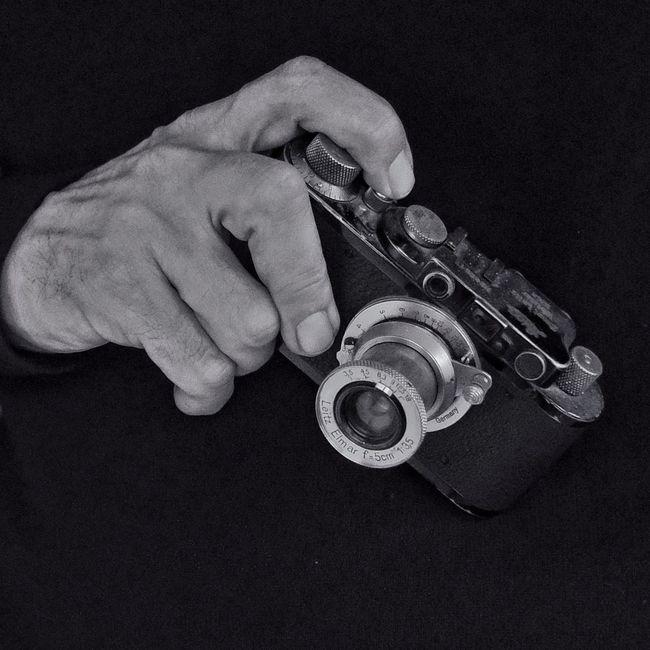 Oldest camera. 1932. Leica II. Black and White Old Cameras 1932 Leica Blackandwhite