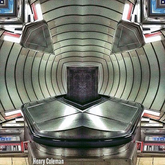 Allow your mind to settle and the Escalator will Transform into an Animal Face! Lovelondon London London_only Londonpop London_only_members Igerslondon Ig_london Ig_england Ig_europe Global_shotz Timeoutlondon Allshots_ Aauk TransportForLondon Londonunderground Guesstination Uk_potd Streetshot_london London_masters