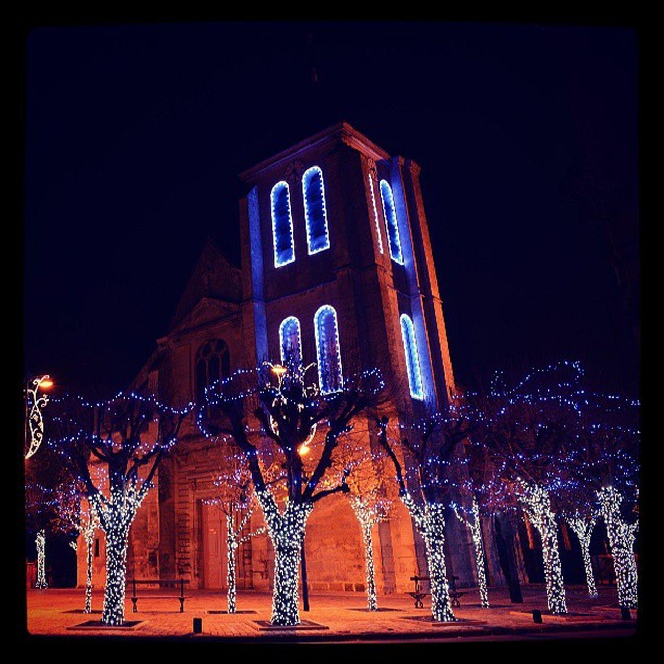L'église était illuminé à Gouvieux en décembre 2014 Gouvieux Oise  Picardie 60270 illumination noel chrismas chrismasillumination