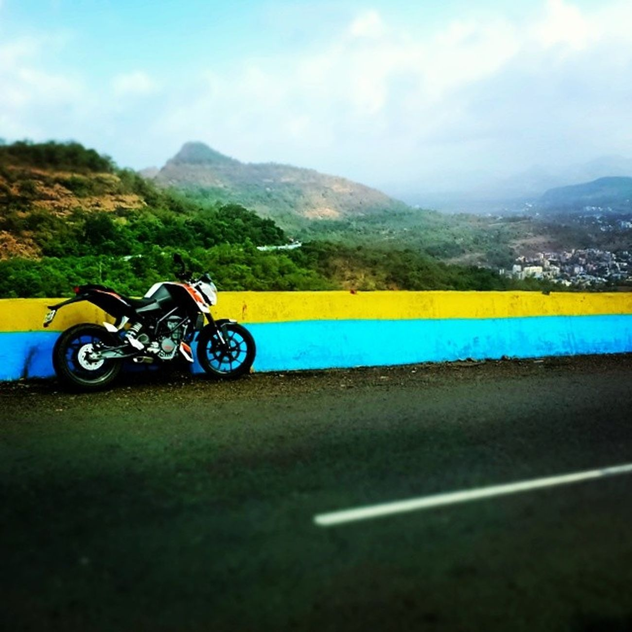 Riding Lonavala Awesome Weather Windy Roads Rider DUKE  200 Ktm Solo Ls2 BRM