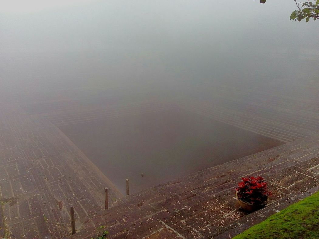 Tipusultan Pond Water_collection Foggy Morning Bangalore India