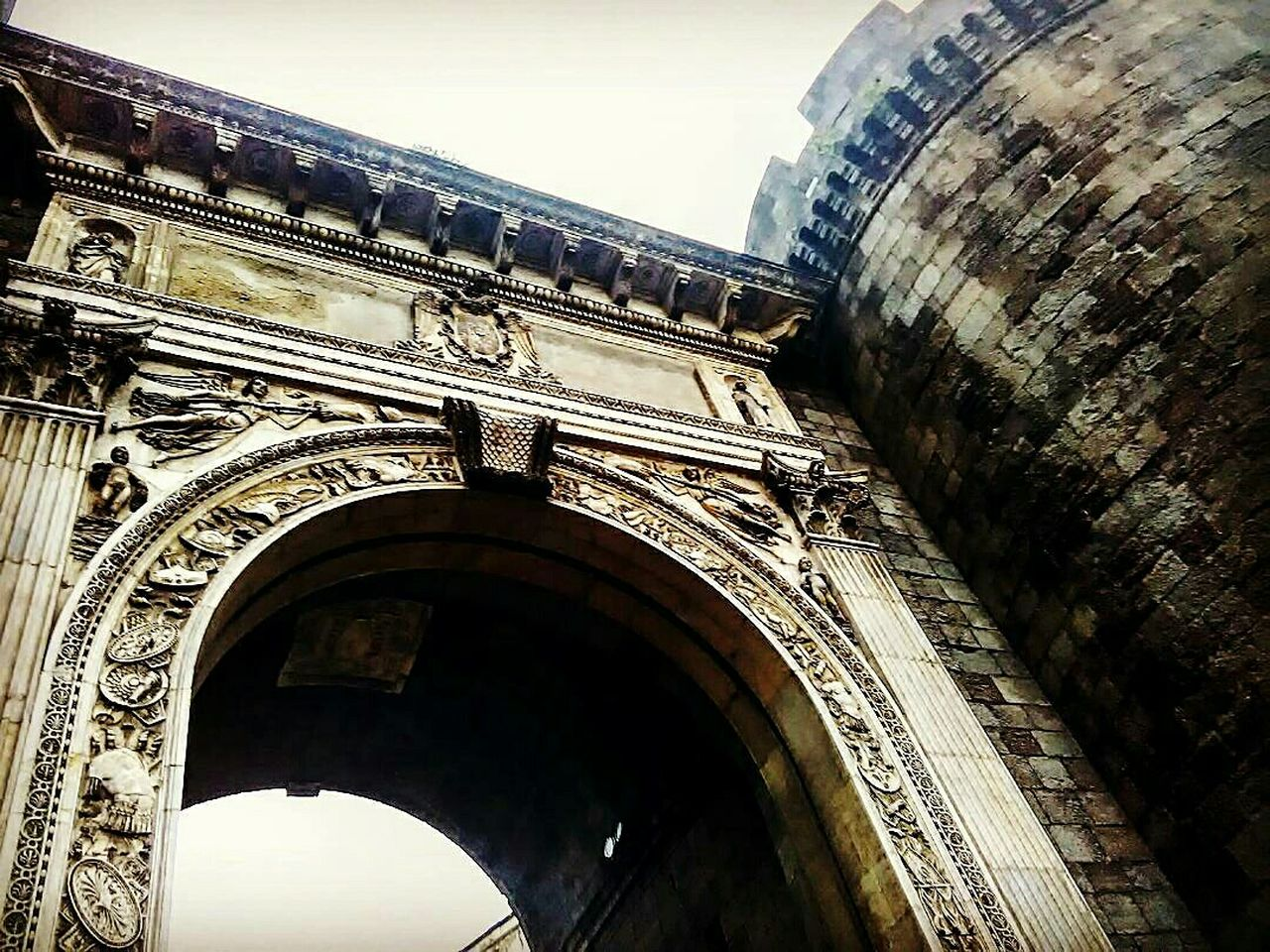 Architecture Travel Destinations Built Structure Cultures Arch Tourism Low Angle View City Building Exterior History Triumphal Arch Sky Outdoors No People Day Napoli Italy Love Meandyou Silhouette South City Napoli Street Italia City Street Travel